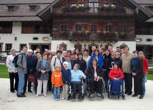 Gemeinschaftsfoto vom Ausflug zu Gut Aiderbichl